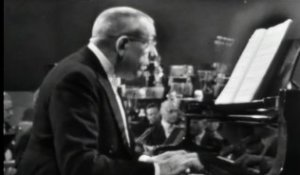 Francis Poulenc plays Poulenc - Concerto for Two Pianos