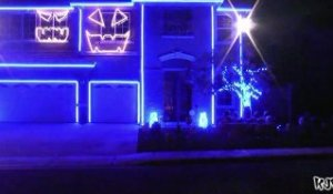 Halloween Light Show 2011 - Party Rock Anthem LMFAO