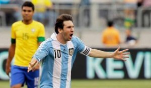 L'extraordinaire but de Messi face au Brésil !