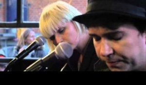 The Raveonettes - Railroad Tracks (Live)