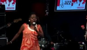 Sharon Jones - 3/13 - New shoes en live sur RTL
