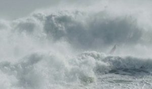 Red Bull Storm Chase 2012 / 2013: Mission 2: Tasmania