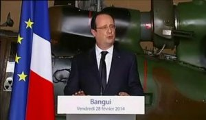 "Hollande à Bangui : ""Eviter la tentation d'une partition"" en Centrafrique"