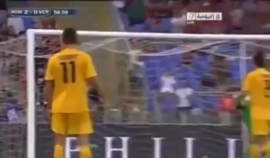 Football : l'incroyable lob de Miralem Pjanić