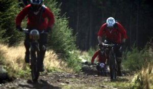 Gee Atherton - Hunts down 400 mountain bikers - 2013
