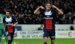 But Edinson CAVANI (24ème) - Paris Saint-Germain - AS Saint-Etienne - (2-1) - 18/12/13 (1/8 de finale) (PSG - ASSE)