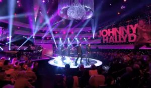 "Johnny Hallyday et patrick Bruel ""Que je t'aime"" - Johnny Hallyday, Le Grand Show 21/12/2013"