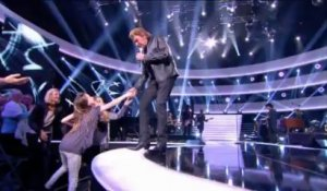 "Johnny Hallyday ""L'Envie"" - Johnny Hallyday, Le Grand Show 21/12/2013"
