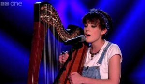 Anna McLuckie : reprise de Get Lucky à la harpe dans The Voice UK