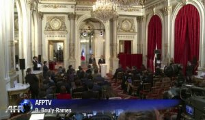 "Hollande se pose en garant d'une justice ""incontestable"""