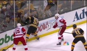 NHL - Zdeno Chara humilie Brendan Smith...