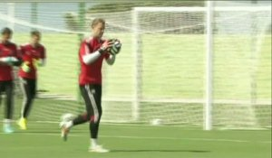 FOOT - CM - ALL : Neuer, le mur allemand