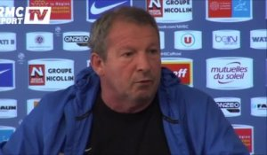 "Football / Courbis : ""La prolongation de Deschamps est une évidence"" 12/02"