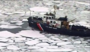 Etats-Unis : le port de Boston envahi par des blocs de glace