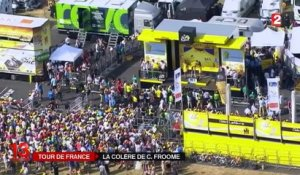 Tour de France : Christopher Froome agressé ?