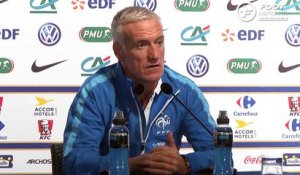 Deschamps envoie un message à Lacazette
