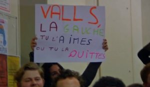 Valls hué lors de sa visite à Sciences-Po