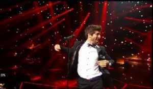 Agustin Galiana (Clem) chante dans Rising Star