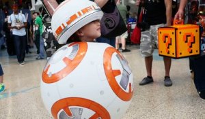 Cosplay BB-8 d'une adorable petit fille