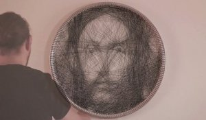 Un portrait du Christ en String Art