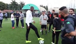 Paul Pogba passe un double tour du monde