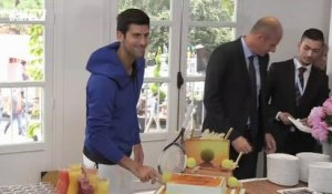 JO - Novak Djokovic revient sur le match France-Serbie et salue Tony Parker