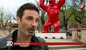 Art contemporain : le succès de Richard Orlinski, artiste grand public