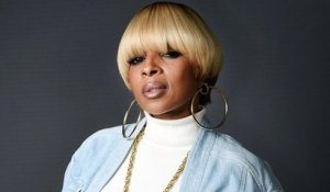 Mary J. Blige Performs 'Set Me Free' & 'Love Yourself', Brings Out A$AP Rocky at 2017 BET Awards | Billboard News