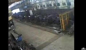 Impressionnant accident d'usine