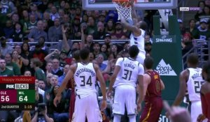 NBA - Le jump dingue de Bledsoe domine le Top 5