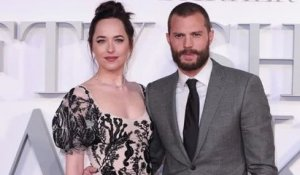 Dakota Johnson Calls Jamie Dornan's Abs 'Rude'
