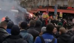 Clashes Between Police and Strike Supporters Reported in Paris