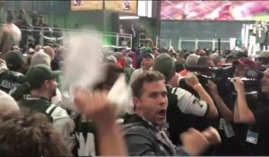 Kyle Brandt celebrates with Jets fans during team's selection of Sam Darnold