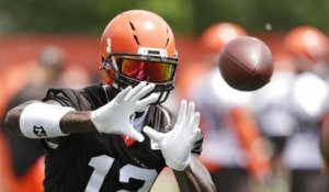 Who will have a better 2018 season: Josh Gordon or Jarvis Landry?