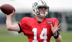 Does Darnold's late start hurt chances to win Jets' starting job?