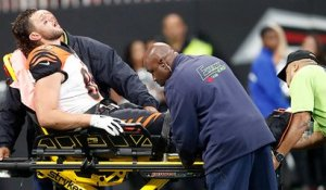 Tyler Eifert gets carted off after apparent leg injury