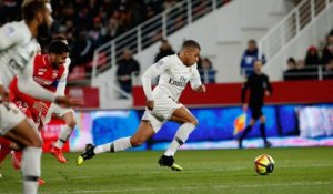 Dijon FCO - Paris Saint-Germain : Le geste technique de Kylian Mbappé
