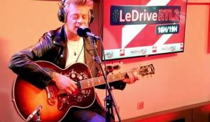 "Benjamin Biolay interprète ""Miss Miss"" en live #LeDriveRTL2 (10/06/20)"