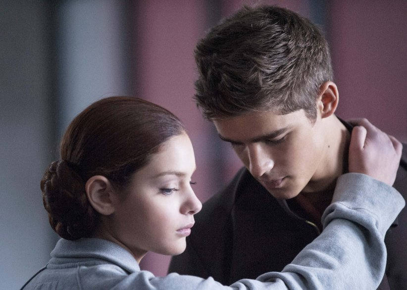 The Giver : Photo Brenton Thwaites, Odeya Rush