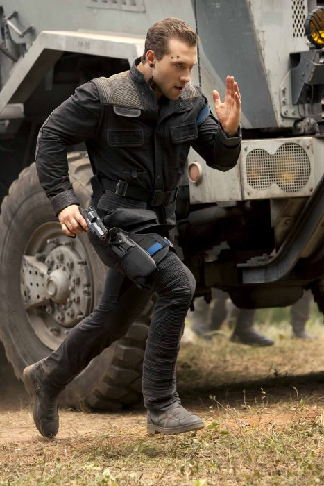 Divergente 2 : l'insurrection : Photo Jai Courtney