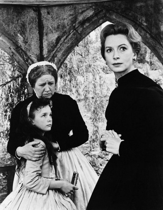 Les Innocents : photo Deborah Kerr, Megs Jenkins, Pamela Franklin