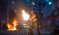 Fast & Furious 8 : The Rock se lâche
