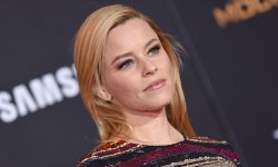 Power Rangers : Elizabeth Banks au casting
