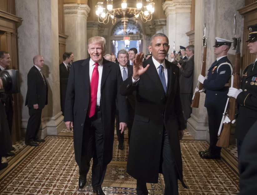 Donald Trump et Barack Obama lors de la cérémonie d'investiture de Donald Trump à Washington, le 20 janvier 2017.