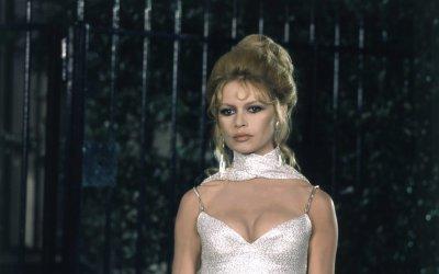 Brigitte Bardot Ambassadrice Du Chignon Iconique Des Annees 1960