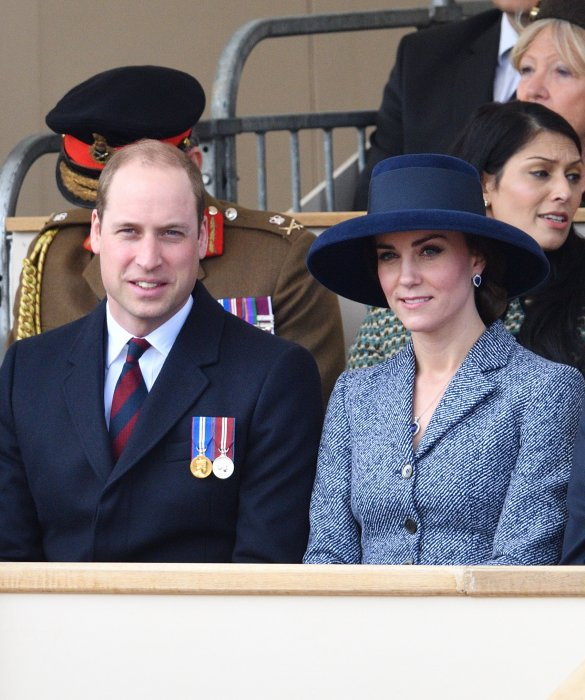 Le prince William et Kate Middleton participent à l'inauguration d'un monument à la mémoire des forces armées et civiles à Londres, le 9 mars 2017.