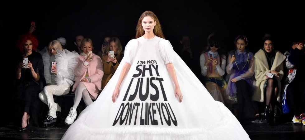 Fashion week : les robes Viktor & Rolf ont leur mot à dire