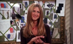 Friends : Ralph Lauren lance une collection en hommage à Rachel Green