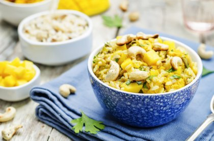 Curry de poulet au riz et à la mangue