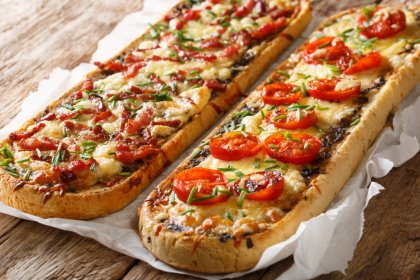 Pizza bread bruschetta
